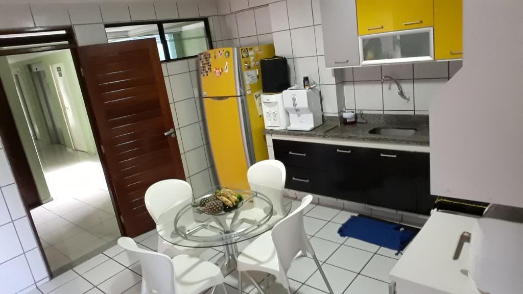 Apartamento com 3 dormitórios à venda, 126 m² por R$ 700.000 - Cabo Branco - João Pessoa/PB