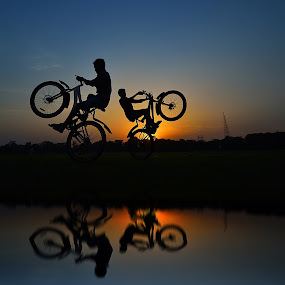 Trickeee Mirror by Oms Datum Photography - Transportation Bicycles