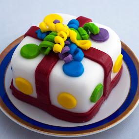 cake by Cristobal Garciaferro Rubio - Food & Drink Cooking & Baking ( cake, gift, ponits cake, plate, dessert )
