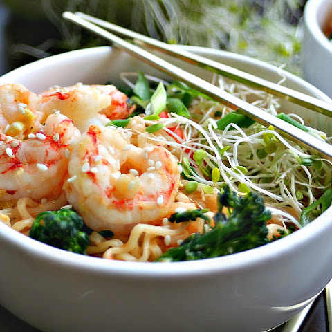 Quick Sesame Shrimp Ramen Stir-Fry
