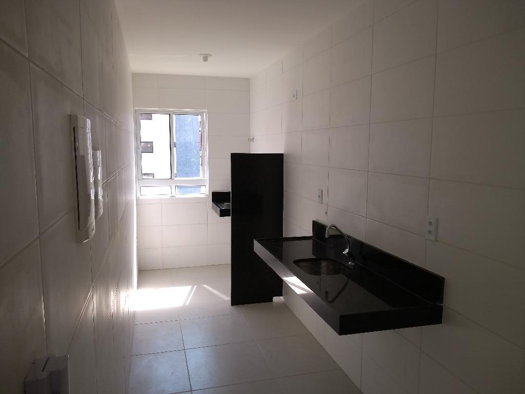 Apartamento com 2 dormitórios à venda, 62 m² por R$ 230.000 - Jardim Oceania - João Pessoa/PB