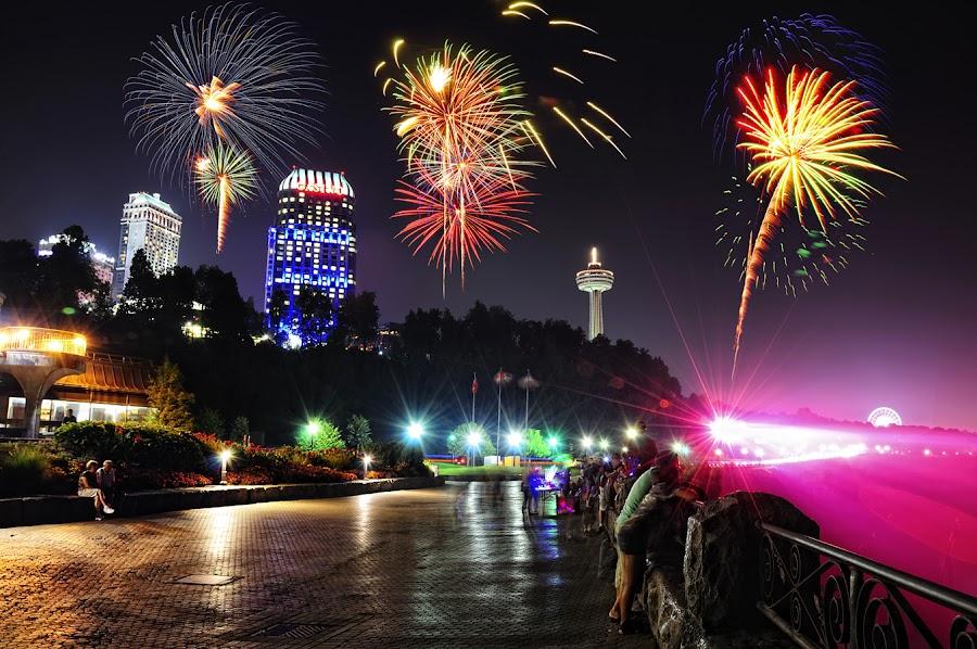 Niagara Weekend Fireworks by Nino Ignacio - Landscapes Travel ( canada, fireworks, niagara )