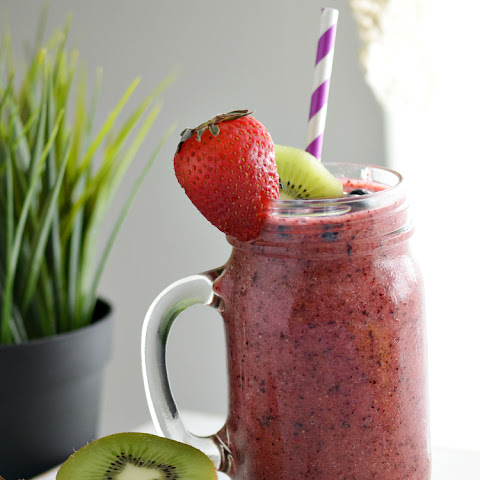 Berry Kiwi Cooler