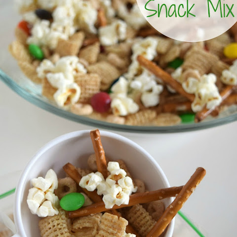 Road Trip Snack Mix