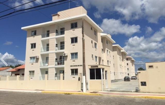 Apartamento com 2 dormitórios para alugar, 56 m² por R$ 1.050/mês - Praça - Tijucas/SC