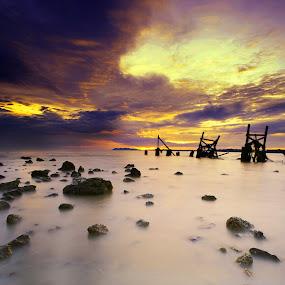 Pasir Panjang by Zackri Zim's - Landscapes Waterscapes ( dri, d3000, zackri zim's, vertorama, nature, waterscape, malaysia, seascape, nikon, landscape, kitlens, pasir panjang beach )