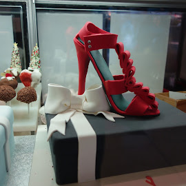 LIR by Glen John Terry  - Artistic Objects Clothing & Accessories ( red, glenjohnterry, high heel, shoe,  )