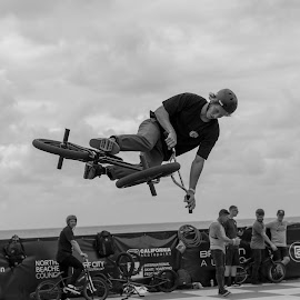 Boyd Hilder in action by Michael Cole - Sports & Fitness Skateboarding ( skate, rider, black and white, bmx, beach )