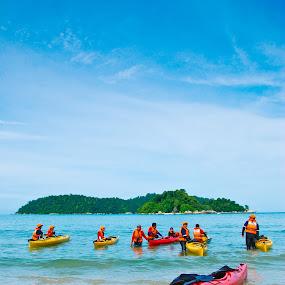 pulau pangkor, perak, malaysia by Raz Adyza - Landscapes Beaches