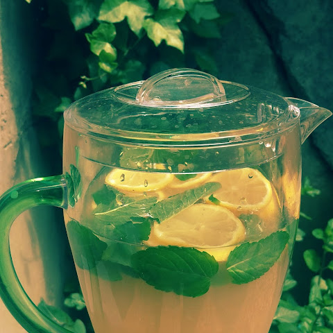 Honey Bourbon Lemonade