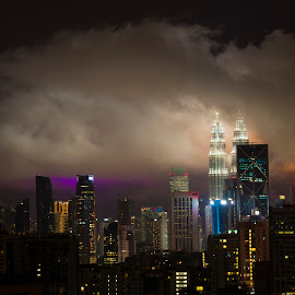Kuala Lumpur Night sky by Kristin Cosgrove - Novices Only Street & Candid ( city scape, twin towers, night, kuala lumpur,  )