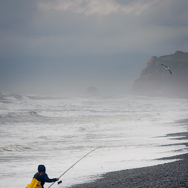 by Christian Roger Costanzo - Landscapes Waterscapes ( pacific ocean, pacific, ocean, chilli, fishing )