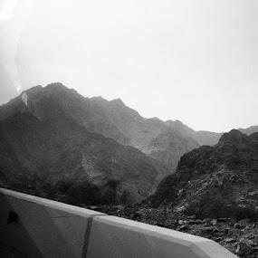 like it by Abdulla Al Hammadi - Travel Locations Subway ( >> )