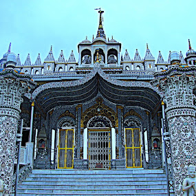 Parswanath Temple, Kolkata West -Bengal,India by Srabani Mitra - Buildings & Architecture Places of Worship ( temple )