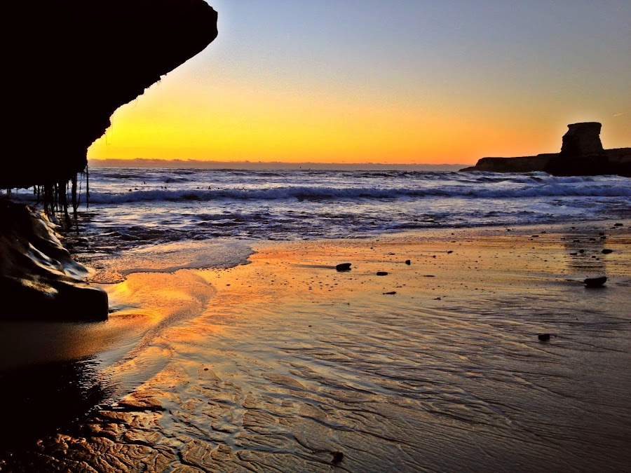by Derek Gibbins - Instagram & Mobile iPhone ( sand, sunset, ocean, beach, rocks )