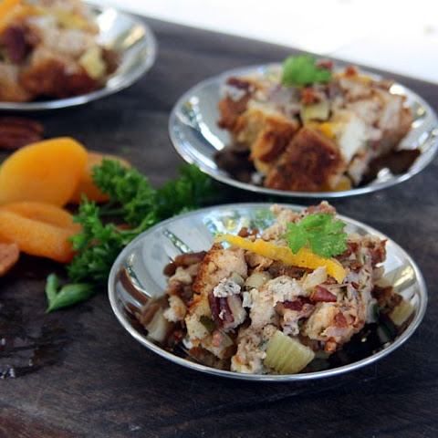 Bread Stuffing with Sausage, Pecans and Dried Apricots -