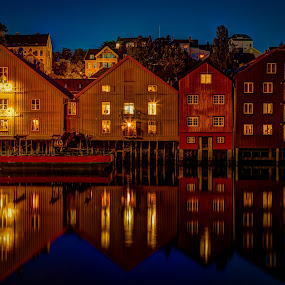 Trondheim by night by John Einar Sandvand - Buildings & Architecture Public & Historical ( trondheim, norway )