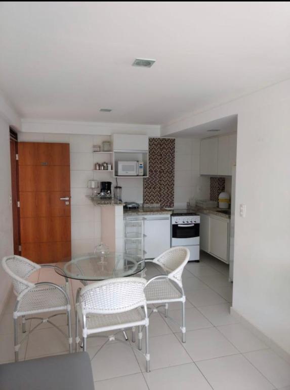 Apartamento com 1 dormitório para alugar, 37 m² por R$ 1.065,00/mês - Intermares - Cabedelo/PB