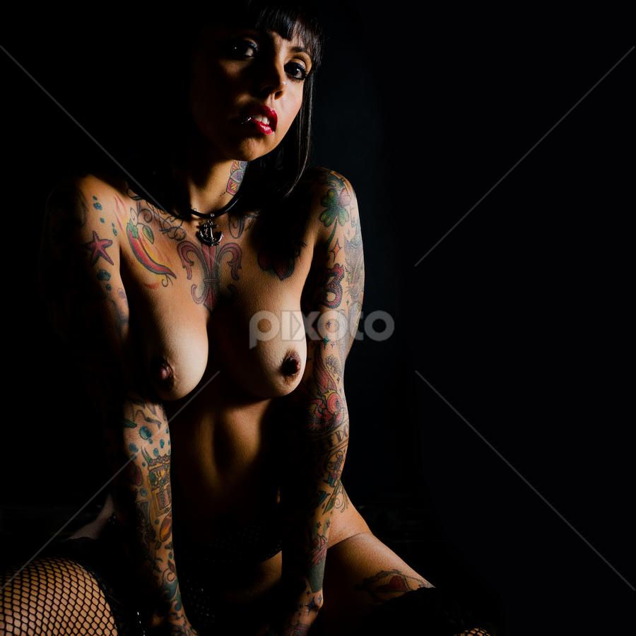 Nude inked girl by Adalberto Althoff Jr - Nudes & Boudoir Artistic Nude ( bruna, nude, girl, naked, inked, tatoo, ink,  )