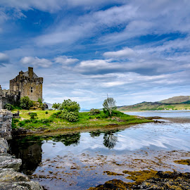 Castle Eilean Donan by Peter Liakopoulos - Buildings & Architecture Public & Historical ( scotland, isle of skyle, castle, historical, travel photography )