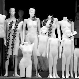 by Aung Kyaw Soe - Black & White Street & Candid
