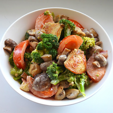 Warm Salad With Chicken, Broccoli And Mushrooms