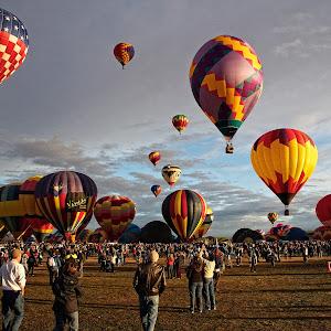 BalloonFiesta_2011-10-09_08-44-19__MG_2541_2011.jpg