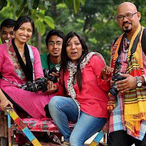 The Photographers...... by ডাঃ মুহাম্মদ হাসান - People Musicians & Entertainers ( bangladesh, photographer, people, dhaka )