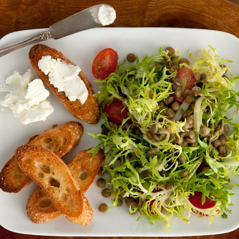 Lentil Salad with Goat Cheese Crostini