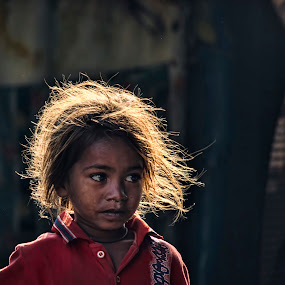 Golden Girl.. by Arpit Saha - People Street & Candids ( girl, street, children, candid, people )