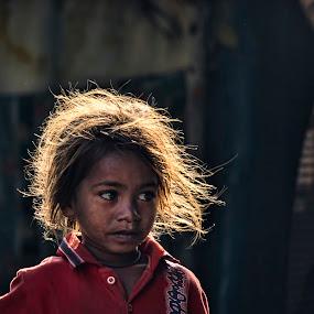 Golden Girl.. by Arpit Saha - People Street & Candids ( girl, street, children, candid, people )