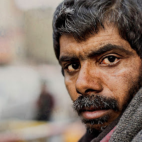 estranged! by Rajarshi Mitra - People Street & Candids ( mumbai, street, candid, portrait, deserted, man )