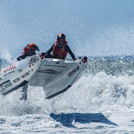 by Mark Holden - Sports & Fitness Watersports