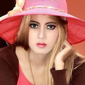 Marisa Dee  by Omiq Qs - People Portraits of Women ( model, blonde, woman, moody, portraits )