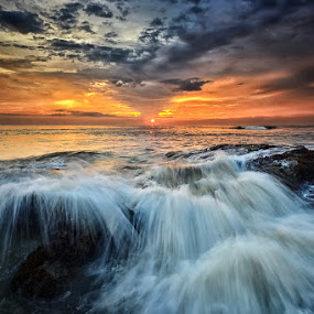 Dusk in Lima by Hendri Suhandi - Landscapes Beaches ( bali, waterscape, sunset, stone, beach, sunrise, seascape, landscape, lima )