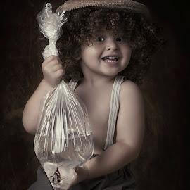 my little fish friend by Carola Kayen-mouthaan - Babies & Children Child Portraits ( child, fine art, boy, portrait )