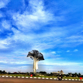 jakabaring sport city by Ardhy Muhammad - Instagram & Mobile iPhone ( park, street, cloud, landscape, city )