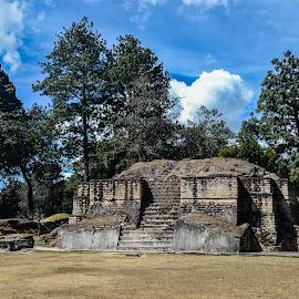 Ixchem pyramid by Luis Albanes - Buildings & Architecture Public & Historical ( ixchem, guatemala, archeology, architecture, antique )