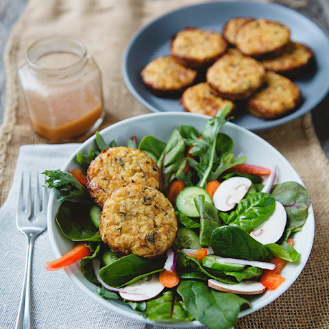 Rosemary Cheddar Cauliflower Cakes