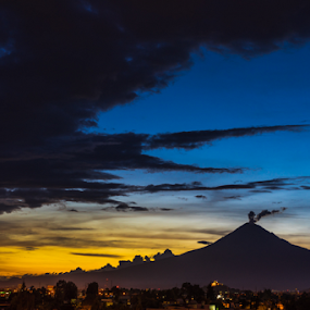 Popocatepetl at sunset by Cristobal Garciaferro Rubio - Landscapes Mountains & Hills ( cholula, popo, mexico, sunset, popocatepetl )