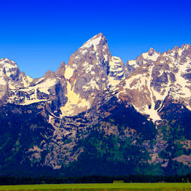by Gerry Slabaugh - Landscapes Mountains & Hills ( mountains, the grand teton, rocky mountains )