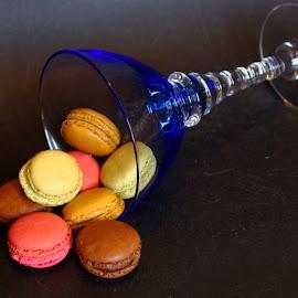 Macarons ... by Joseph Muller - Food & Drink Cooking & Baking ( sweet, flavor, pleasure, delight ..., pastry, taste, macaroons,  )