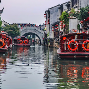China water taxi by Victor Quinones - Transportation Boats ( china water taxi )