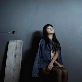 Sit in the dark by Putra Sanubari - Uncategorized All Uncategorized ( boudoir, woman, topless,  )