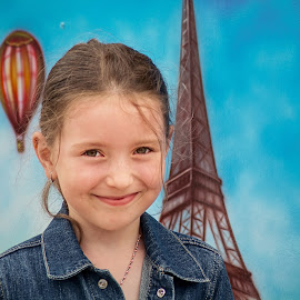 Paris Girl by Jiri Cetkovsky - Babies & Children Child Portraits ( child, paris, girl, tanja, portrait )