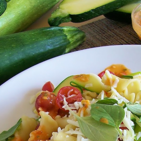 Garden Campanelle Salad with Fresh Tomato Basil Dressing