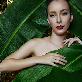 Just leaves by Anthoni Lee - People Portraits of Women