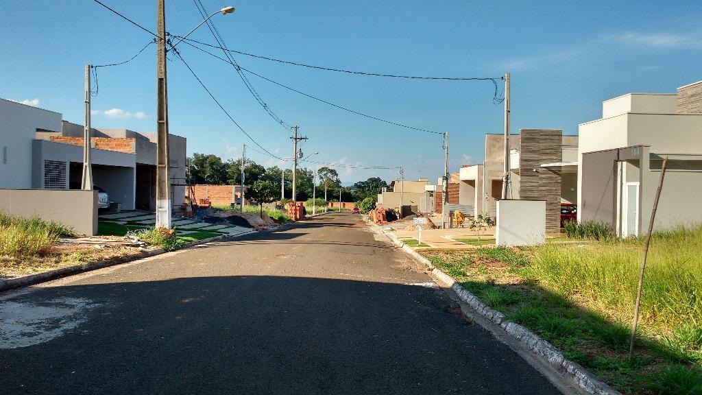 Terreno residencial à venda, Cidade Jardim, Pirassununga - TE0001.