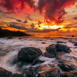 crash by Raung Binaia - Landscapes Beaches