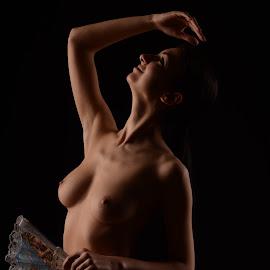 woman by Tsveta Uzunova - Nudes & Boudoir Artistic Nude ( woman )